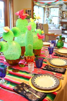 Let's Celebrate // Mexican dinner tablescape with cactus balloon centerpiece. Mexican Birthday Parties, Mexican Fiesta Party, Fiesta Theme Party, Taco Party, Festa Party, Birthday Party Themes, Mexican Themed Party Decorations, Mexico Party Decorations, Fiesta Party Centerpieces