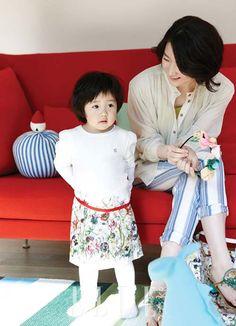 Khoảnh khắc hạnh phúc của gia đình Lee Young Ae