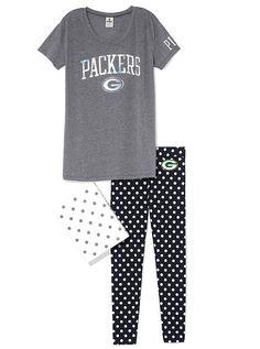 Green Bay Packers Boyfriend Tee & Legging Gift Set