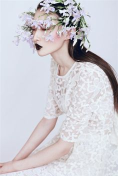Flowers and Lace Beauty Photography, Creative Photography, Portrait Photography, Fashion Photography, Photography Flowers, Floral Headdress, Foto Fashion, Beauty Shoot, Portrait Inspiration