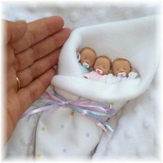 Polymer Clay wow! in my dreams right! anyone have a polymer baby mold? i want a lil baby on a ring to wear as a pendant! a girl to rep lil didi