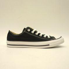 3b9cbff255fc Converse Womens US 8 EU 39 Chuck Taylor Low Top Black   White Ox Shoes New   Converse  SkateboardingShoes