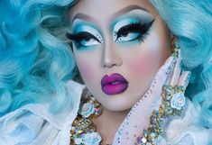 got the Monday blues y'all! Drag Queen Makeup, Drag Makeup, Sexy Makeup, Blue Makeup, Flawless Makeup, Makeup Inspo, Kim Chi Drag, Drag Me To Hell, Sugarpill Cosmetics