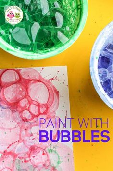 fall art projects for kids Bubble painting is one of the most fun process art activities for kids. You might be blown away with the results. Are you looking for some new art ac Winter Art Projects, Cool Art Projects, Winter Crafts For Kids, Projects For Kids, Art For Kids, Home Made Paint For Kids, At Home Crafts For Kids, Kids Fun, Kids Crafts
