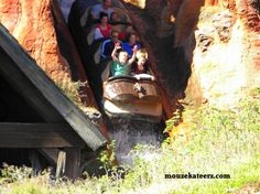 Love Splash Mountain?! Here's cool photos, neat facts, and fun trivia! (article)