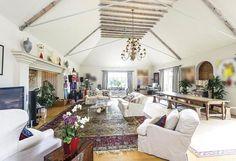 Beatles legend Ringo Starr puts Surrey estate on the market for Interior Design Courses Online, Interior Design Programs, Scandinavian Interior Design, Best Interior Design, Ringo Starr, Beatles, Huge Houses, Famous Interior Designers, Celebrity Houses