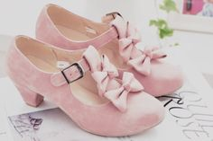 shoes kawaii cute lovely teen pastel pink girl adorable bow lolita