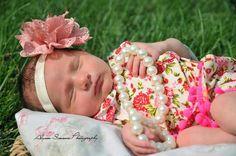 Newborn photography | https://m.facebook.com/AlyssaSimonsphotography/