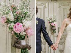 Romantisches #Brautpaarfoto und #Brautstrauß aus #Pfingstrose  •  Romantic Weddingpictures with a peony bouquet