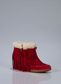 throne-red fringe wedge boots