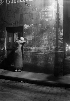 Streets at night, Paris, 1930s by Hans Wolf