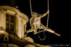 Piazza Castello  Natale a Torino  Circo Vertigo Carillon