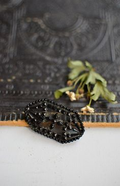 antique Victorian jet black beads mourning brooch #victorian #mourningjewelry