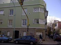 Living comedor con balcón francés orientado al frente - 2° piso