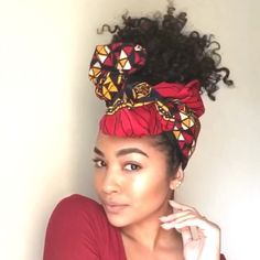 Crowning gorgeous curls with the Nubia Silk Lined Shortie Looking for ways to protect your curls this summer? Silk lined headwraps from Cee Cee's Closet NYC are the perfect way to do just that! Featuring gorgeous African prints, these head scarfs are Diy Head Scarf, Hair Wrap Scarf, Hair Scarf Styles, Curly Hair Styles, Natural Hair Styles, Head Scarfs, Bandana Hairstyles Short, African Hairstyles, Headband Hairstyles