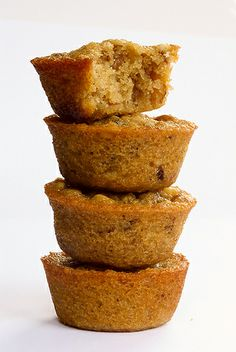 Pecan pie cupcakes 1 cup chopped pecans 1/2 cup all-purpose flour 1 cup packed brown sugar 2/3 cup unsalted butter, melted 2 large eggs Instructions  Preheat oven to 350°. Grease or line 24 cups of a mini muffin tin.  Combine all ingredients and mix well. Fill each muffin cavity about 3/4 full.  Bake for 18-20 minutes, or until edges are browned and centers are set.