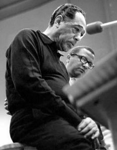 Billy Strayhorn, the prodigy behind Duke Ellington's music - SFGateDuke Ellington and Billy Strayhorn Chuck Stewart / ITVS Duke Ellington, Jazz Artists, Jazz Musicians, Blue Cafe, Smooth Jazz, Miles Davis, Jazz Blues, Soul Music, Classical Music