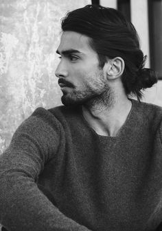 Man bun hairstyle inspiration