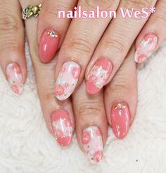 Pink and white floral nail art.   #nail #unhas #unha #nails #unhasdecoradas #nailart #gorgeous #fashion #stylish #lindo #cute #fofo #delicado #rosa #branco #floral #flores #flowers