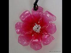 DIY Cómo realizar un colgante con forma de flor reciclando una botella de plástico – RECICLADO CREATIVO, DIY Y MANUALIDADES