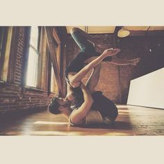 Acro Yoga | Yoga Pose | Yoga Inspiration | Yogi Goals | Partner Yoga | Couple Yoga
