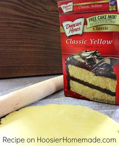 I love cake mix based treats! How to Make a Pie Crust from a Cake Mix, Recipe and Tutorial ~ It's super easy to make, taste really good and the flavor combinations are endless. Change the flavor of your pies by using a cake mix! Cakes To Make, Cakes From Cake Mix, Pie Crust Recipes, Cake Mix Recipes, Pie Crusts, Sweet Pie Crust Recipe, Cookie Pie Crust Recipe, Pie Fillings, Recipe Using Cake Mix And Pie Filling