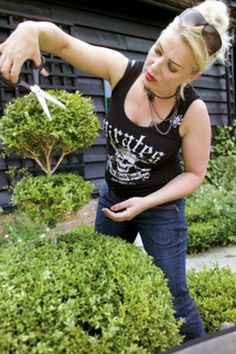 With the launch of her popular book, First-Time Gardener, in paperback this month, Kim Wilde talks to Philippa Pearson about why she wrote the book and her garden at home in Hertfordshire Idole, Popular Books, Female Singers, My Idol, Geek Stuff, Poses, Actors, Lady, Garden