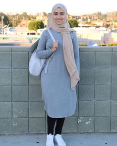 in 2019 casual outfit mode, mode für fraue Hijab Casual, Hijab Chic, Modest Fashion Hijab, Street Hijab Fashion, Fashion Outfits, Fashion Fashion, Hijab Fashion Inspiration, Mode Inspiration, Islamic Fashion