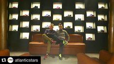 """【Flow Store】in Firenze ・ イタリアのフィレンツェにある有名セレクトショップ""""Flow Store""""の新店舗""""Flow Run""""にて【Atlantic STARS】デザイナーの2人と ・ 壁一面にアトランティックスターズ ・ Atlantic STARS 日本総代理店 株式会社CINQUE STELLE http://www.cinquestellejapan.com ・ 広尾店舗 ✔︎東京都渋谷区広尾5-17-13 ✔︎03-6885-6470 ・ #atlanticstars #atlanticstarsjapan #cinquestellejapan #flowstore #flowrun #firenze #イタリア #ハンドメイド #フロウ #フィレンツェ"""