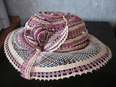 Lace Outfit, Bobbin Lace, Decorative Boxes, Baseball Hats, Fashion, Lace, Bobbin Lacemaking, Fascinators, Sombreros