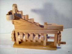 """Ryszard's """"marble machine 3"""" in pictures"""