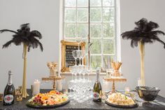 Inspiration for the perfect Great Gatsby-themed bridal shower. Party like it's the 1920s with this roaring 20s, glitzy, glamourous bridal shower inspiration.