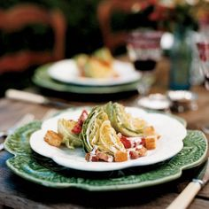 Ad Hoc's Iceberg Wedges with Bacon and Buttermilk Dressing Recipe from Food & Wine (Thomas Keller) Wedge Salad Recipes, Lettuce Wedge, Buttermilk Dressing, Thomas Keller, Bacon Bits, Dressing Recipe, Soup And Salad, Salad Bar, Holiday Recipes