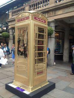 Cool twist on the classic british phone booth telephone booth, vintage phones Telephone Booth, Vintage Phones, Phone Icon, Prank Videos, Post Box, Kawaii Shop, Best Phone, Design Agency, Box Design
