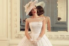 Dear future brides today have prepared for you a beautiful collection of wedding dresses from famous Russian designer Tatiana Kaplun. This is a traditional and beautiful bridal collection which we believe many brides will find their dream dress. The New Collection 2015 by the Russian designer Tatiana Kaplun is a collection of luxury glamor sophistication and elegance we suggest you to view the gallery of images below. Enjoy future brides. source Photo viatatianakaplun.ru source Photo…