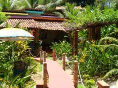 Casa na beira mar localizada próximo às principais pousadas de Boipeba.  Veja mais aqui - http://www.imoveisbrasilbahia.com.br/boipeba-casa-para-pousada-ou-restaurantes