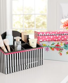 Organize your jewelry and make your get-ready space bloom! This organizer provides plenty of space for all your beauty essentials.