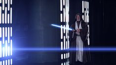 Every wondered why things in Star Wars don't match up? Watch this hilarous Darth Vader video and laugh so much that you don't care about plot holes at all. London Symphony Orchestra, Walt Disney Records, Fan Theories, Episode Iv, Hindsight, A New Hope, Comedy Movies, Plot Holes, Choir