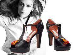 L'AUTRECHOSE. VANITY. Platform T-Bar sandals.  Leather platform T-Bar shoes. Ankle strap. Leather covered 11 cm. heel. Col. Vanity Black. Sandalo in pelle T-Bar con plateau. Cinturino alla caviglia. Tacco 11 cm. Rivestito in pelle. Col. Vanity Nero.  #lautrechose #lautrechosedarchive #shoes #springsummer2016 #primaveraestate2016 #fashion #glamour #womensfashion #womensshoes #wedgeshoes #stilettos #abbigliamentofemminile #scarpedadonna #scarpecoltacco  #montorsiboutique #montorsimodena