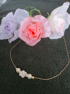 pearl ball chain necklace. (Gold base)