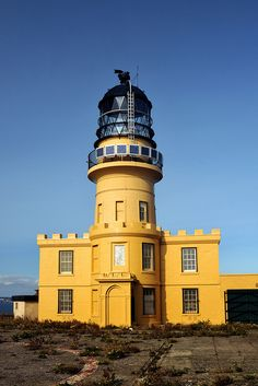 Inchkeith Lighthouse, Firth of Forth Edinburgh, Scotland - http://www.worldwidelighthouses.com/Lighthouses/Scottish-Lighthouses/Northern-Lighthouse-Board-Owned/Inchkeith