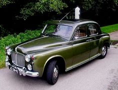 Auto Rover, Car Rover, Classic Auto, Classic Cars, 4x4 Wheels, British Car, Jack Russells, Truck Design, Car Images