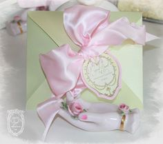 Pink Vintage Style French Perfume Tags and Laduree Inspired Mint Macaron Boxes http://www.papernosh.com/item.php?item_id=311&category_id=46