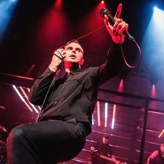 Starting my 2016 recap today. I'll try to post one picture every day so follow me if you want to see more! Hurts - Ancienne Belgique . . . . . . #hurts #hurtsband #theohurts #adamhurts #theohutchcraft #concert #music #live #gig #pop #concertphotography #concertphotographer #htbarp #photooftheday #teamcanon #canon #canon6d #lightroom #adobe #anciennebelgique #abconcerts @hurtseurope @theohurts @abconcerts