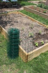 How to fence raised garden beds