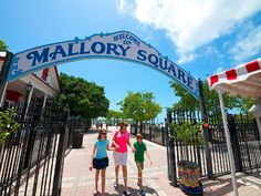 Learn about The World Famous Mallory Square Sunset Celebration and explore a vast directory about Things To Do, Tours, and Attractions in Key West. Visit Florida, Florida Vacation, Florida Travel, Florida Keys, Florida Girl, South Florida, Travel Usa, South Carolina, Key West Map