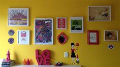 Há tempos estamos colecionando no nossoPinterest(veja seçãoDecor/Colorful Ideas)imagens de quartos, escritórios, salas, cozinhas e banheiros (por