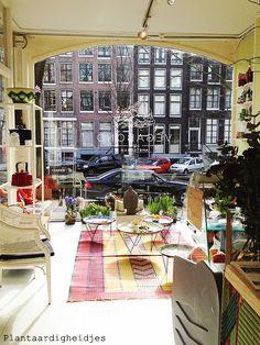 Vegabond, Amsterdam plantaardigheidjes.nl