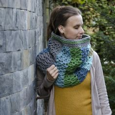 crochet cowl shawl