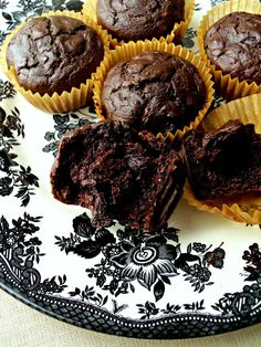 spelt chocolate oat muffins